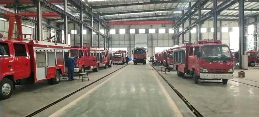 新型消防车流水线生产线