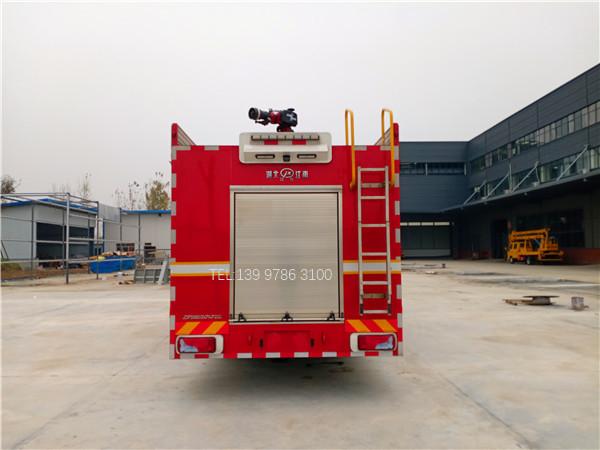 德国曼前四后八压缩空气泡沫消防车图片