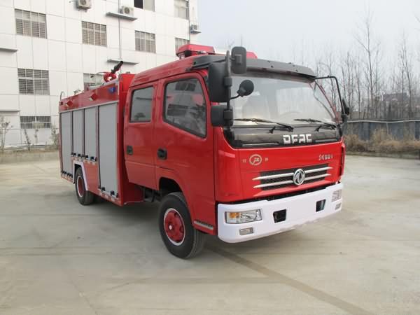 东风多利卡泡沫消防车图片