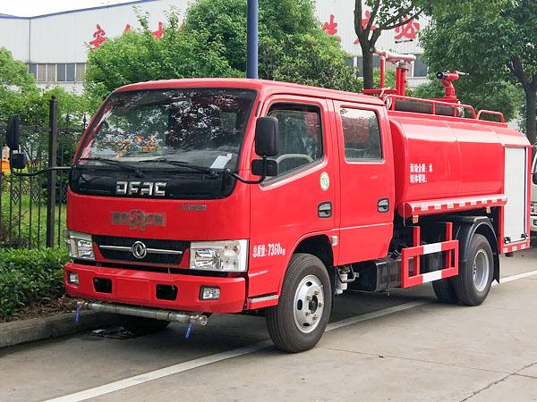 国五东风3.5吨双排消防洒水车图片
