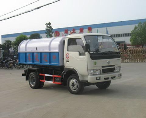 东风小金霸垃圾车(EQ1040TJ20D1)