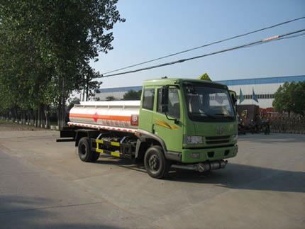 解放单桥轻型油罐车(加油车)