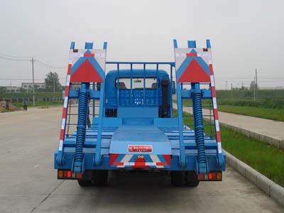 东风劲卡平板运输车