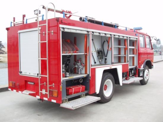 东风145水罐消防车(5吨)