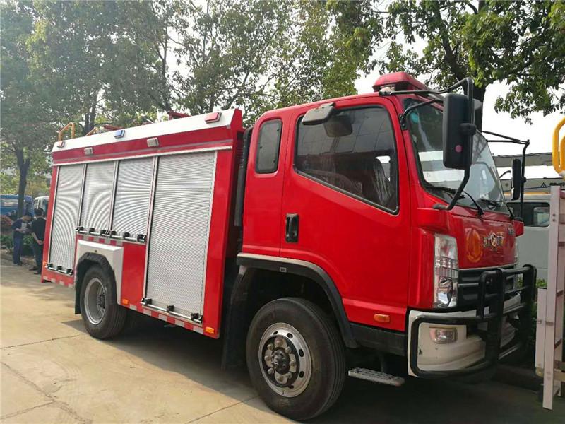 4驱森林消防车