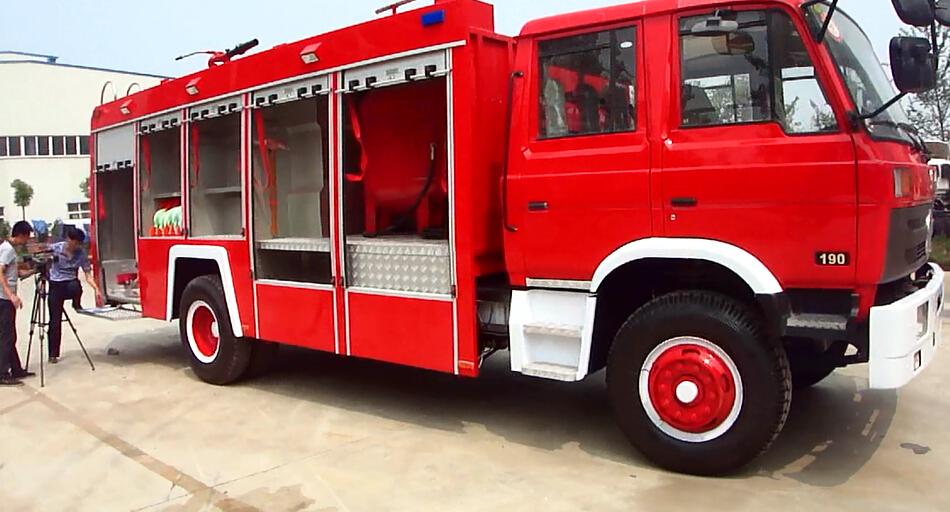 带你看东风153干粉消防车——东风153干粉消防车视频展示