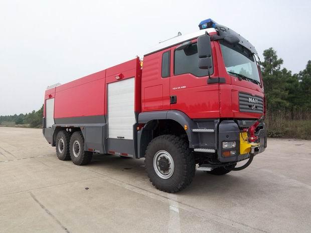 德国MAN机场消防车